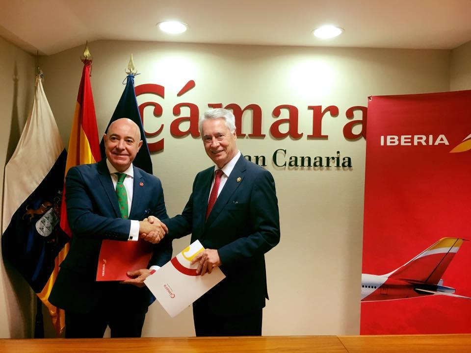 Cámara e Iberia firman un convenio de colaboración.