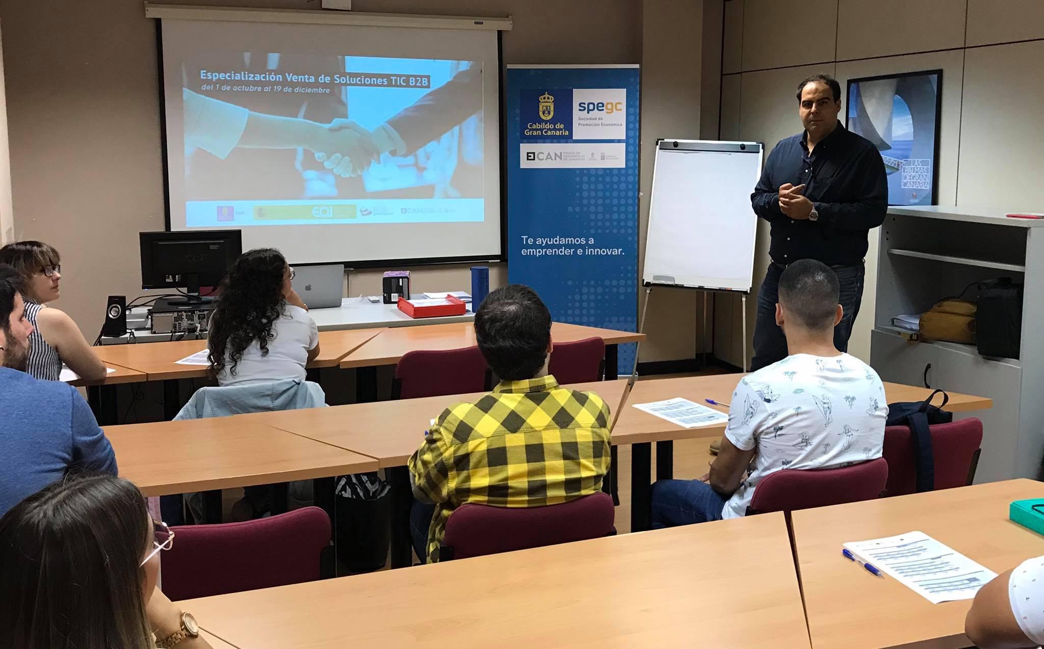 """Programa de Especialización """"Venta de Soluciones en #TIC B2B"""""""