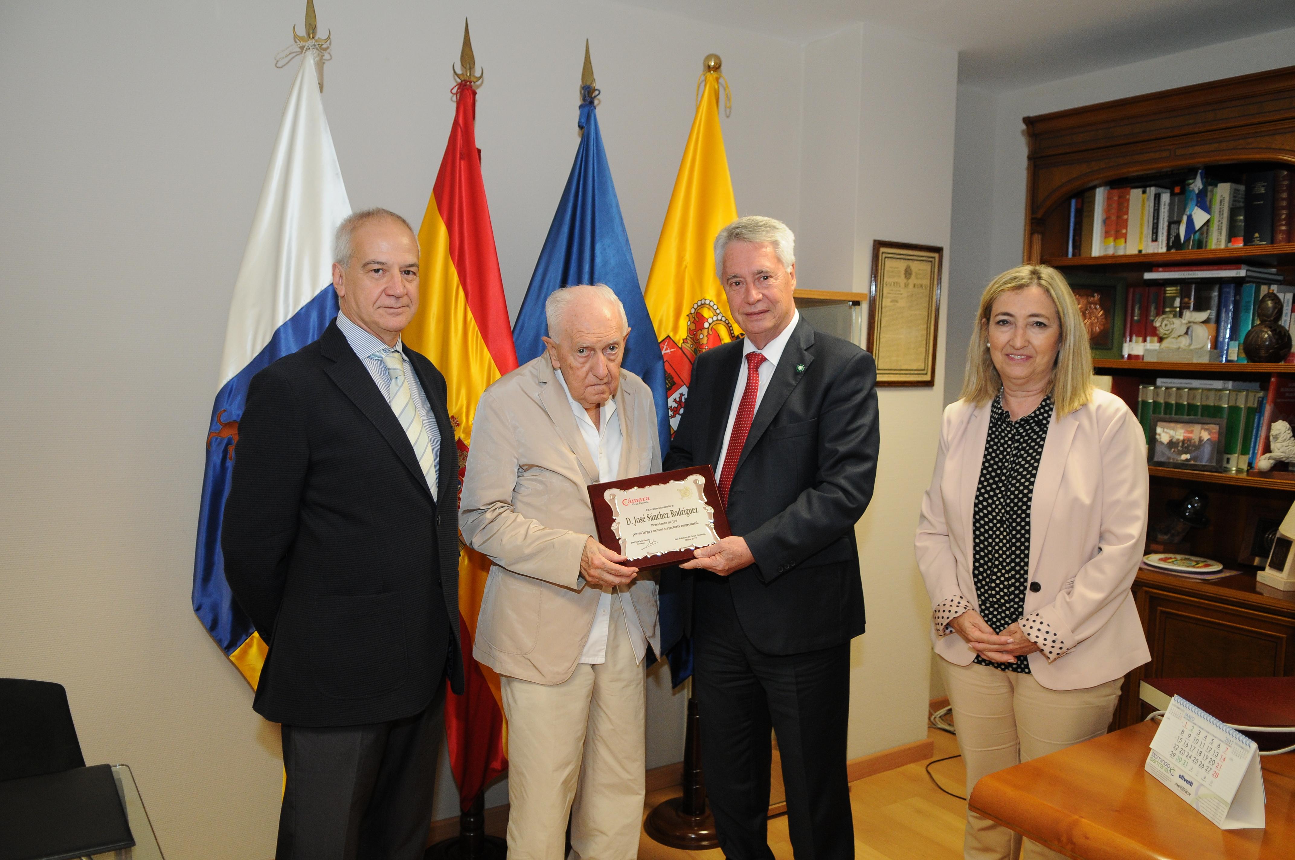 Reconocimiento a la labor empresarial, José S. Rodríguez (JSP).