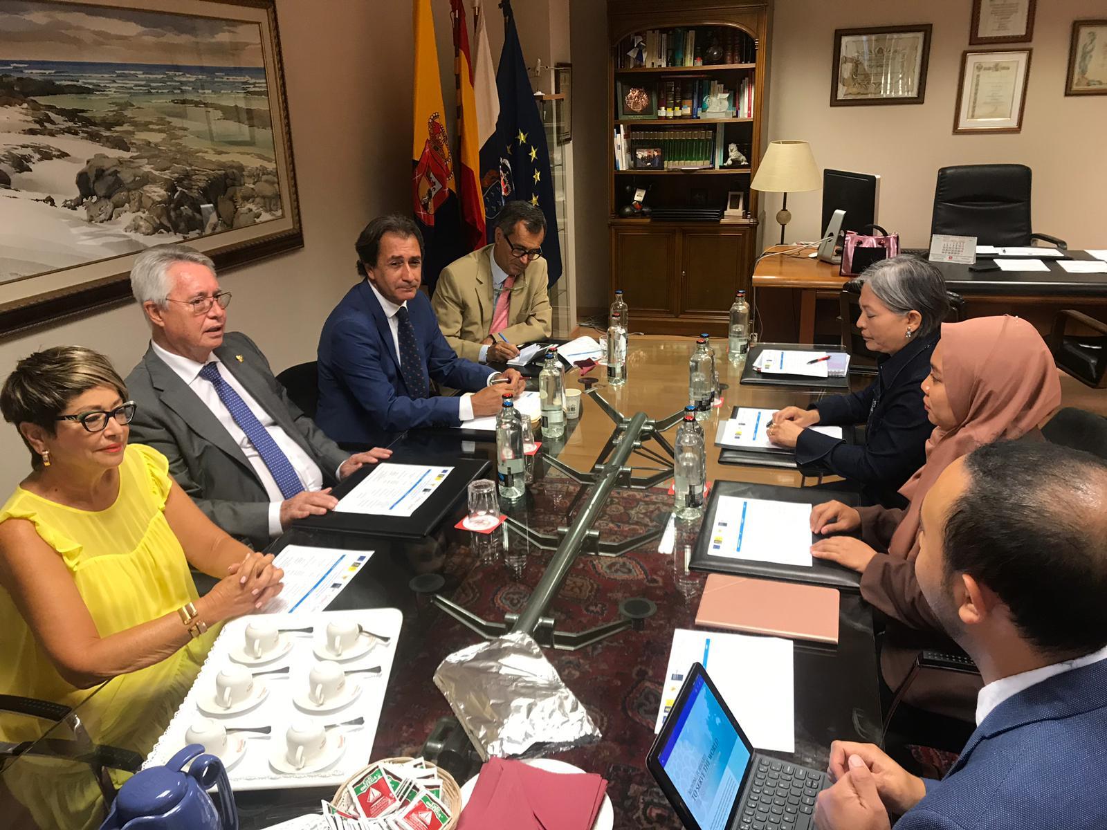 Reunión Cámara y Ministerio de Comercio de Indonesia