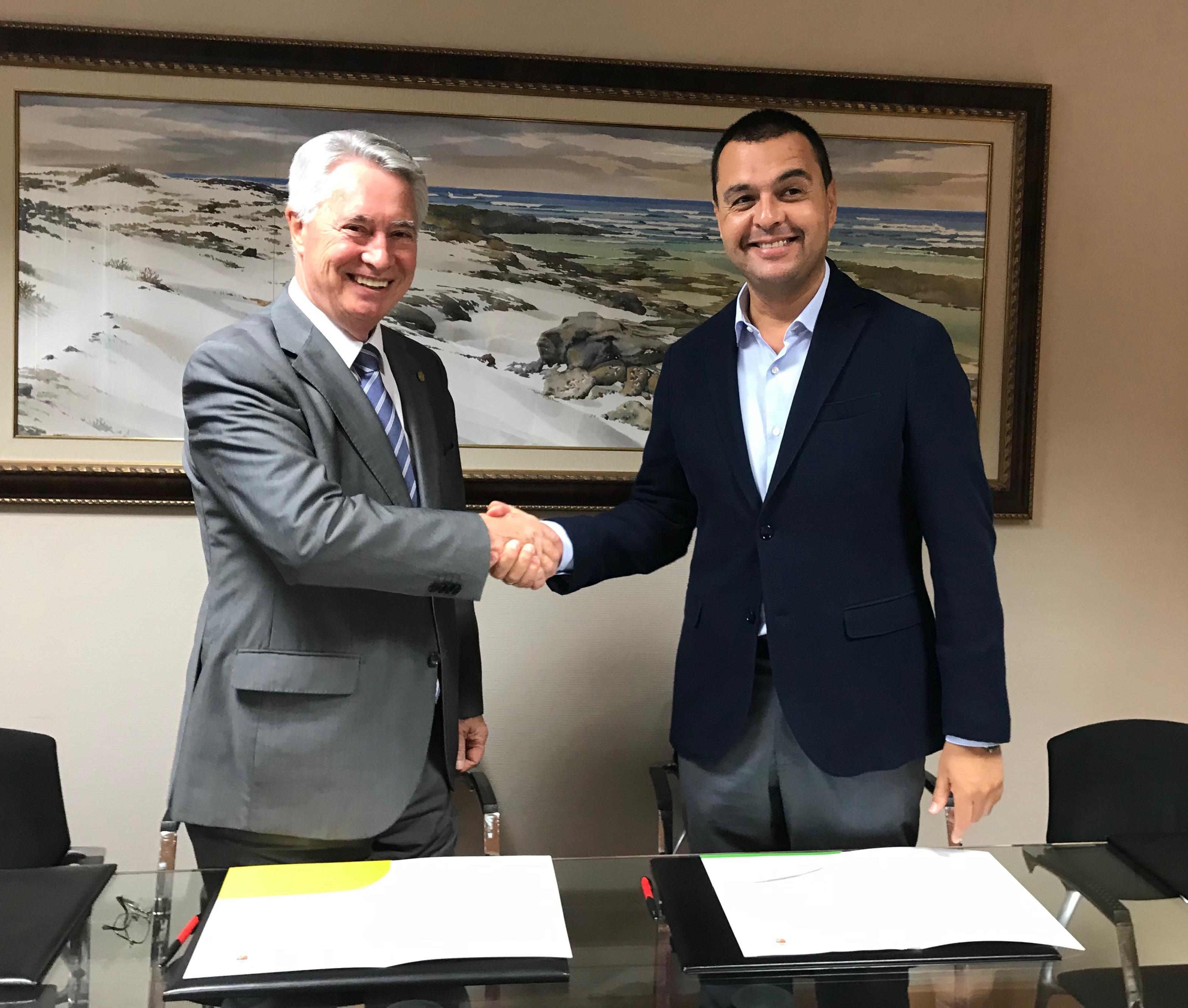 Pedro Rodriguez, Alcalde de Santa María de Guía y el presidente de la Cámara de Comercio de Gran Canaria