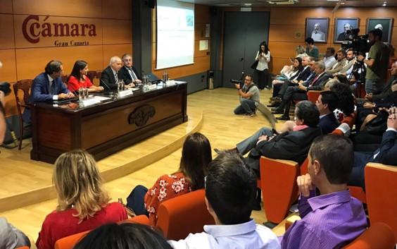 Visita Manuel Butler a la Cámara de Comercio de Gran Canaria