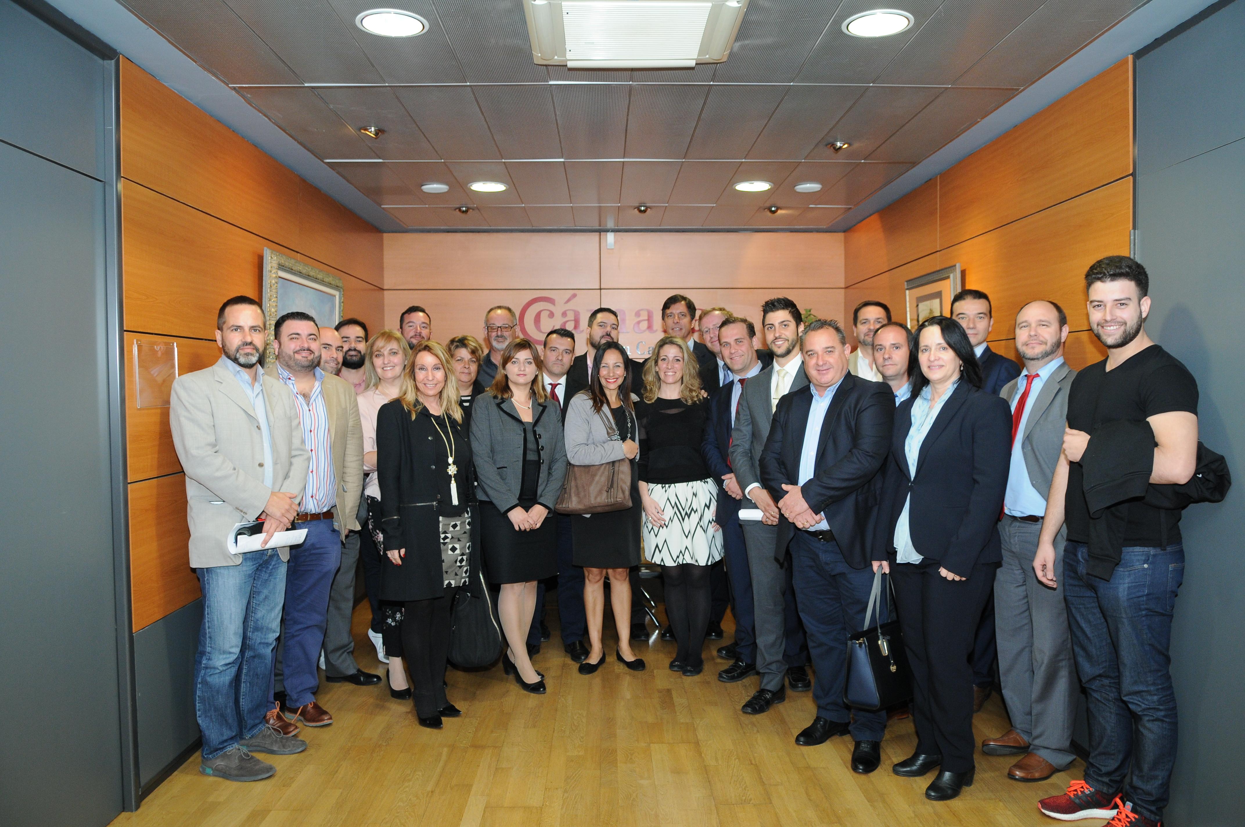 El Cónsul de Argentina en Canarias, Pablo Antonio de Angelis, con empresarios canarios.